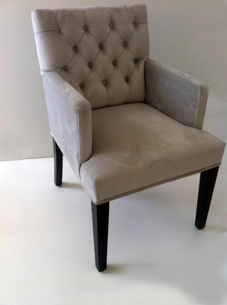 Interiors dmf marseille armchair interiors dmf for Eetkamerstoel fauteuil