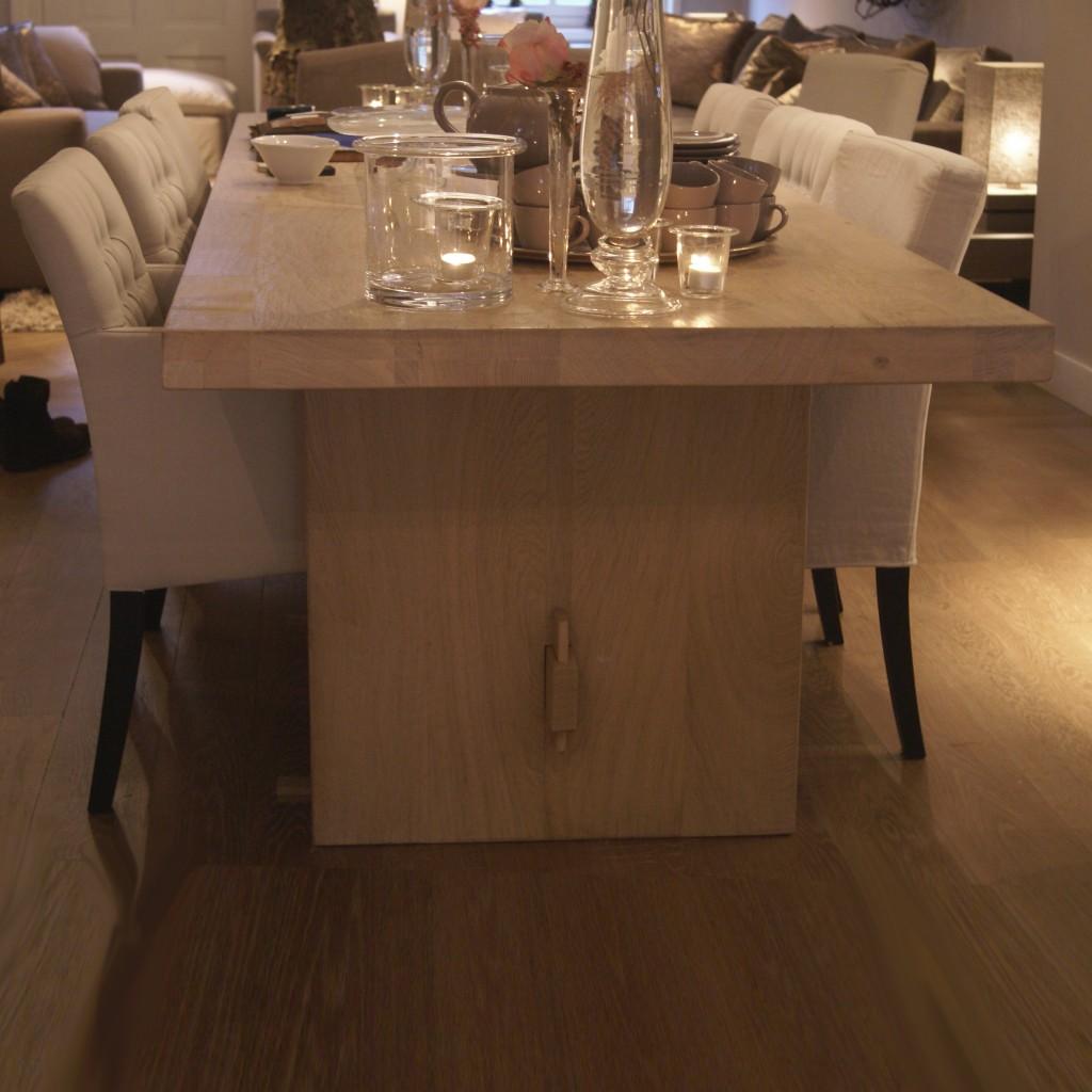 Robusto La Table