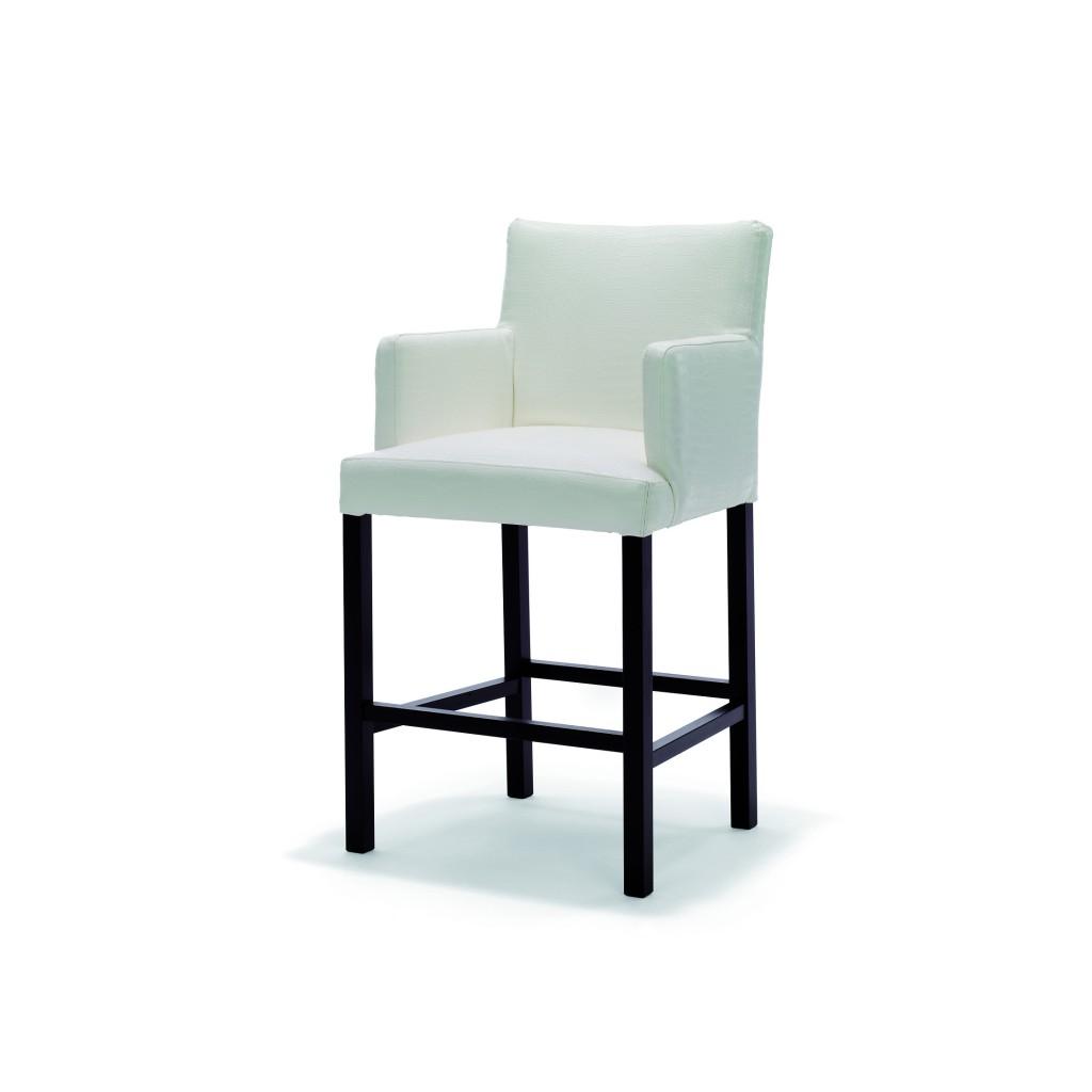 StRaphael_armchair_wit