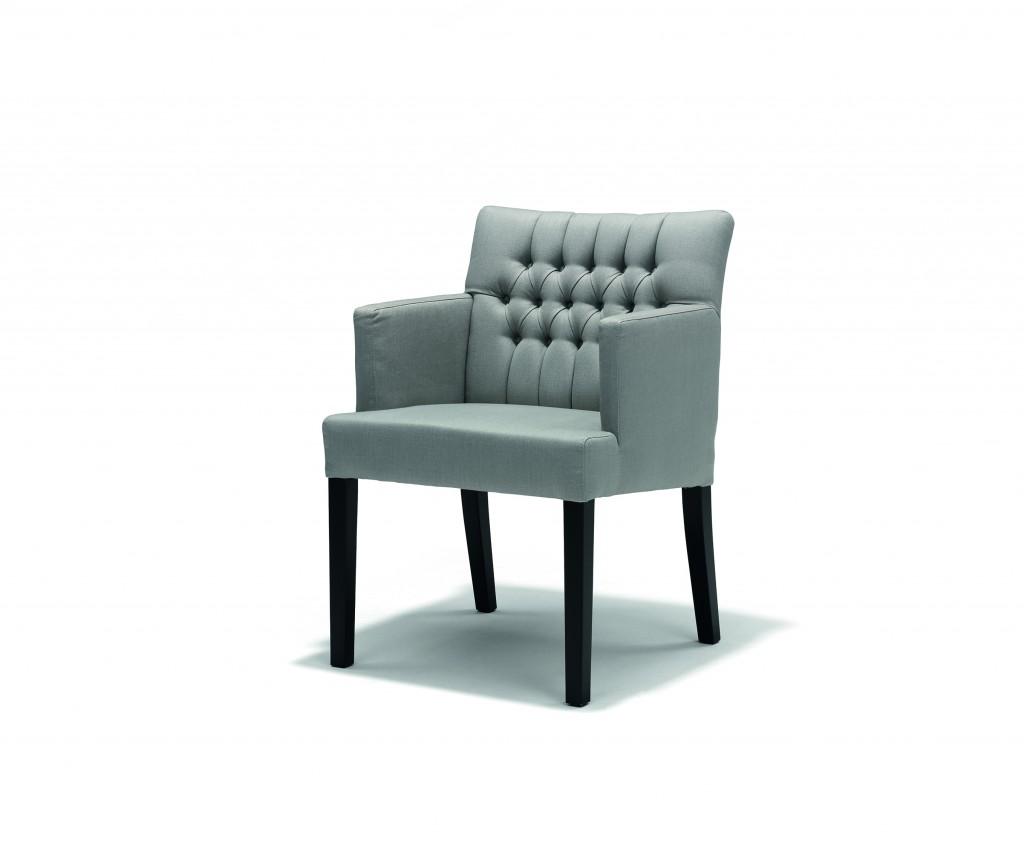 e06_LeBistro_armchair_capiton